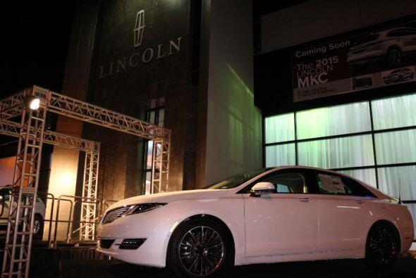 Ayer fuimos al Silver Carpet, localizado en el Dealer San Juan Lincoln....