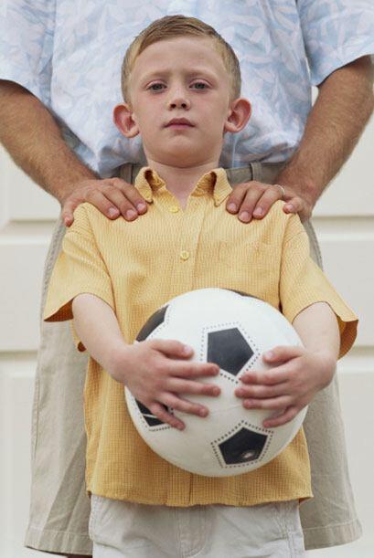 También se le puede preparar al niño con ciertas técnicas como pedirle q...