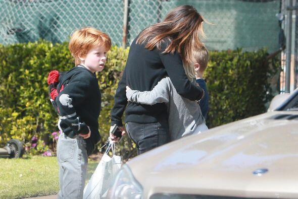 Los tres hijos de Julia también estuvieron en la casa.