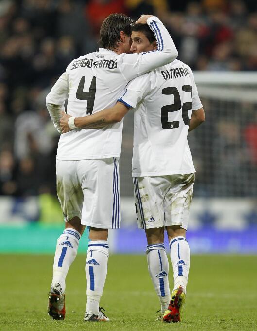 Los 'suertudos' que jugaron con Ángel Di María 4.jpg
