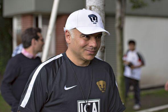 Con Memo Vázquez se vislumbra un poco más de estabilidad, pero la prueba...