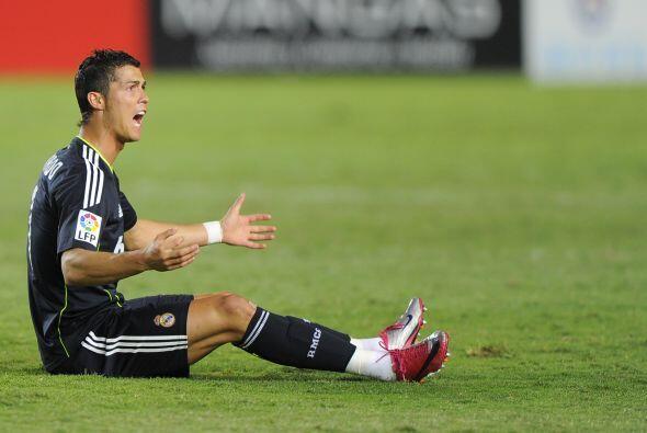 Cristiano Ronaldo, quien fue titular, se hizo presente con disparos a ba...