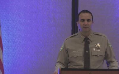Sheriff del condado Maricopa rinde cuentas a líderes comunitarios