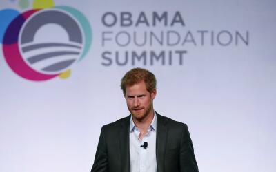 Príncipe Harry asistió a la primera cumbre de la Fundaci&o...