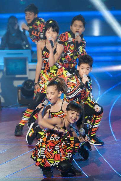 Además de que sus vestuarios y coreografía fueron estupendos.