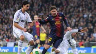 En el video de TV3 Messi es 'cazado' por las faltas del Real Madrid.