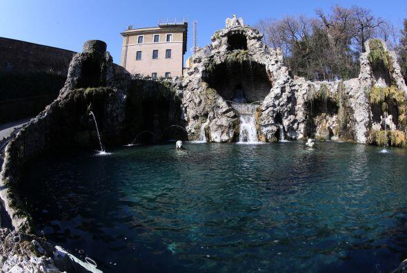 Durante ese período, el monasterio Mater Ecclesiae situado en el Vatican...