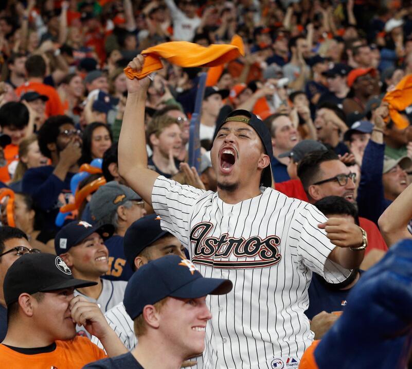 Astros, campeón de la Serie Mundial 2017 | MLB gettyimages-869166278.jpg