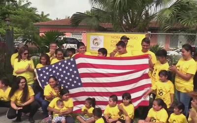Decenas de niños viajan a Washington para pedir el regreso de sus padres...