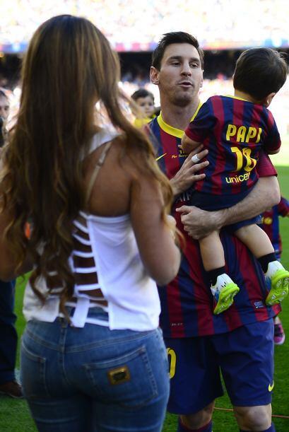 No cabe duda que la esposa de Messi ha recuperado su figura.Mira aquí lo...