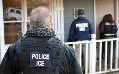 ¿Qué hacer ante el aumento de arrestos de indocumentados con deportacion...