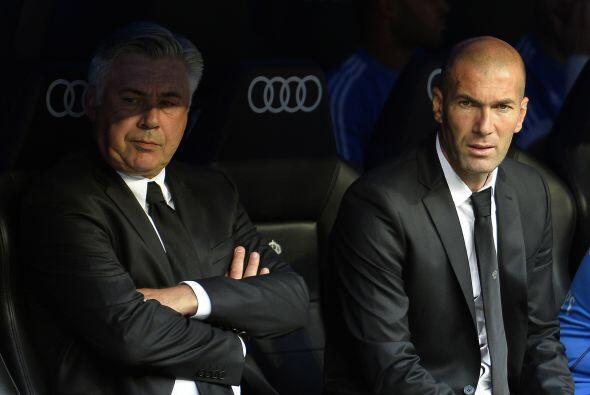 Nuevo triunfo del Madrid de Ancelotti, con Zidane junto a él, para segui...