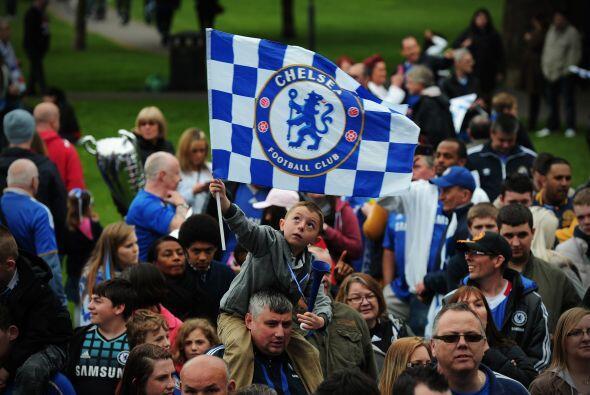 5. CHELSEA- El valor de la marca Chelsea es de $398 millones, 27% más qu...