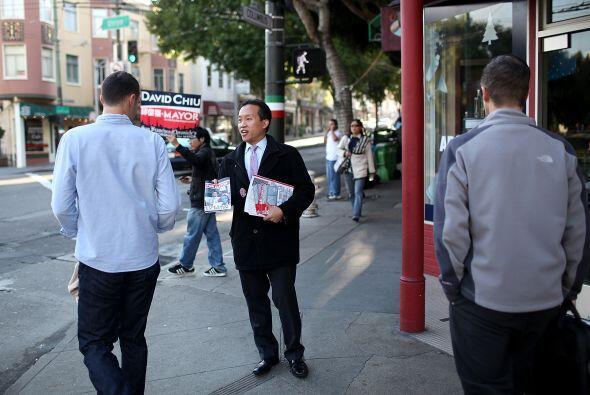 Un día antes Chiu se reunió con empresarios emprendedores buscando votos.