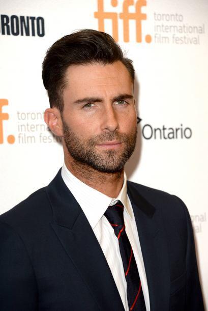 A Adam Levine, vocalista de Maroon 5, la barba le da más personalidad.