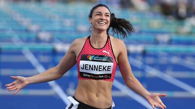 Michelle Jenneke, la atleta australiana cuyo peculiar calentamiento lo realiza bailando