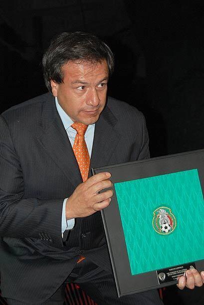El alpinista Carlos Carsolo, fue el primer mexicano en llegar a la cima...