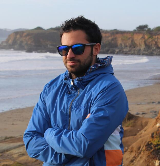 16. Santiago Pina Ros, español, ingeniero de software, WhatsApp