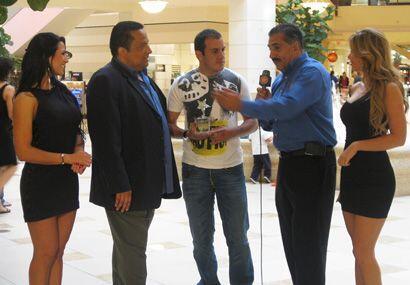 El Alcalde, de Locura Deportiva, llegó a compartir con el Mero Mero del...