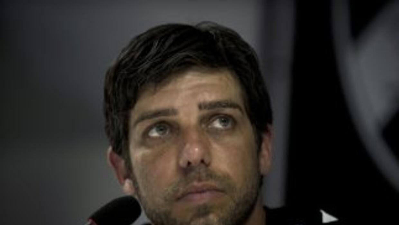 El brasileño Juninho Pernambucano, de 39 años, se despedirá del fútbol j...