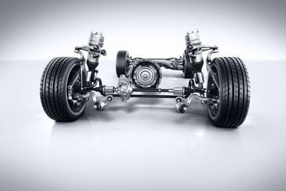 Esta mecánica puede contar con tracción total o trasera, dependiendo la...