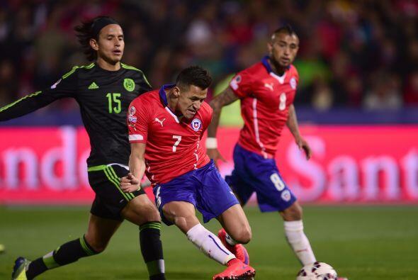 7.- Alexis Sánchez - El atacante del Arsenal se mostró participativo y l...
