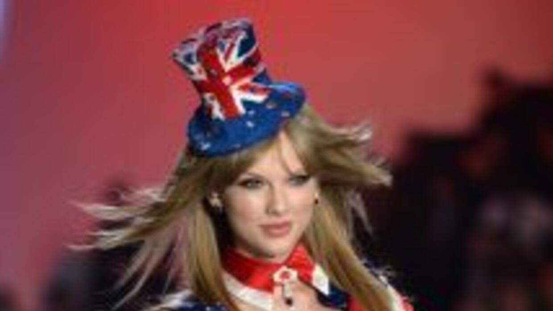 El acosador de Taylor tiene prohibido acercarse a ella y a tres de sus f...