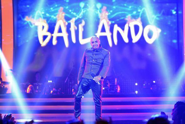 """La tercera semana, José cantó uno de los hits del año: """"Bailando"""", de En..."""
