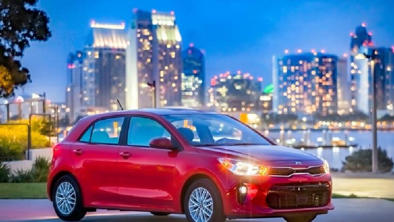 Video: El Kia Rio 2018 llego rediseñado al Auto Show de Nueva York