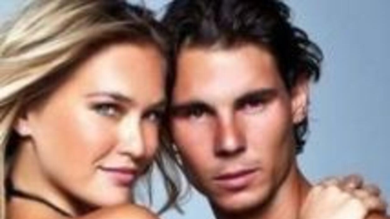 Bar Rafaelli y Rafael Nadal se pusieron sexies para Sports Illustrated.