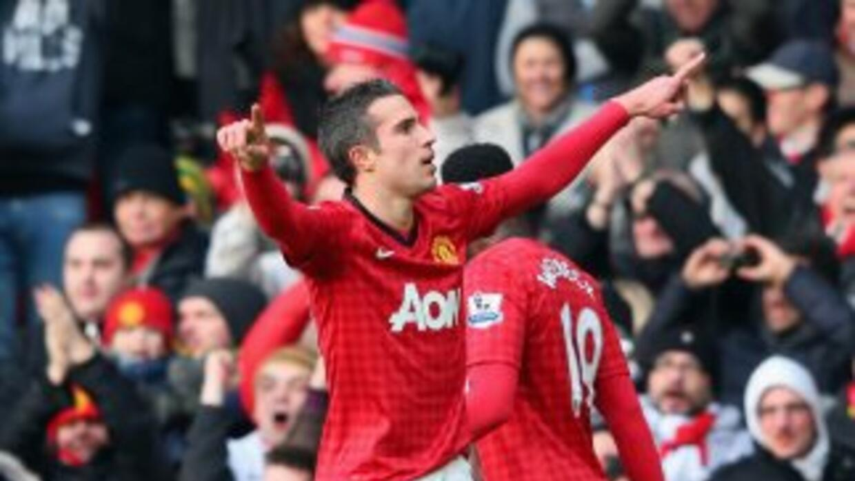 Van Persie abrió el marcador para el Manchester United.