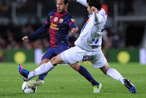 En la segunda mitad, el Barcelona mantenía el dominio del juego.