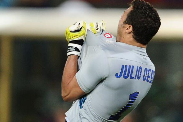 Julio César tuvo importantes intervenciones y el Inter superó 3-1 al Bol...
