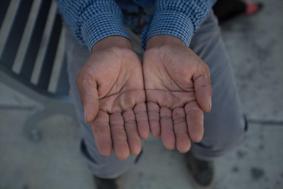 """Miguel, 40, de El Salvador, lleva trabajando en el campo 22 años. """"Quise..."""