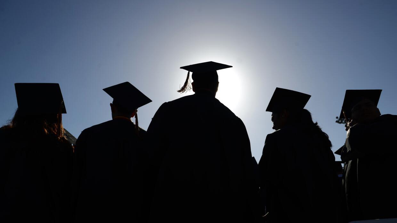 Graduarse de secundaria no significa estar preparado para la universidad.