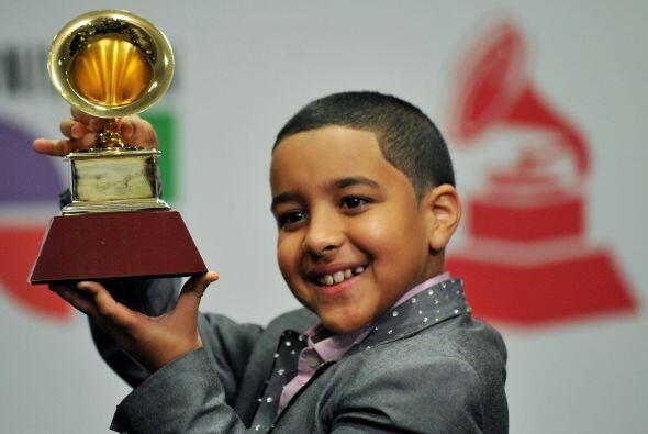 12. En 2008 el cantante Miguelito se convirtió en el cantante más joven...