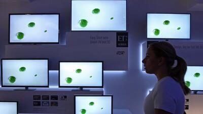 Esta es la forma en la que un televisor inteligente podría espiarlo en su propia casa