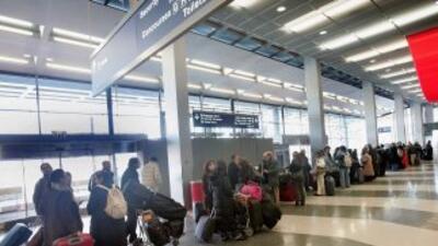El aeropuerto de O'Hare tiene retrasos en una gran cantidad de vuelos de...