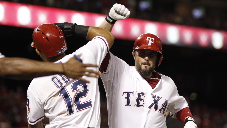 Prince Fielder conectó dos de los cinco cuadrangulares de Texas.