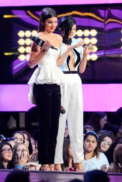 La hermosa modelo Kendall Jenner robó toda la atención de la alfombra de...