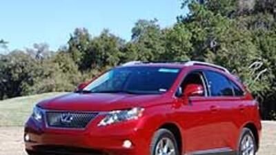 Lexus RX 450h y RX 350 2010 ce75902ab7aa45be992415c363eab496.jpg