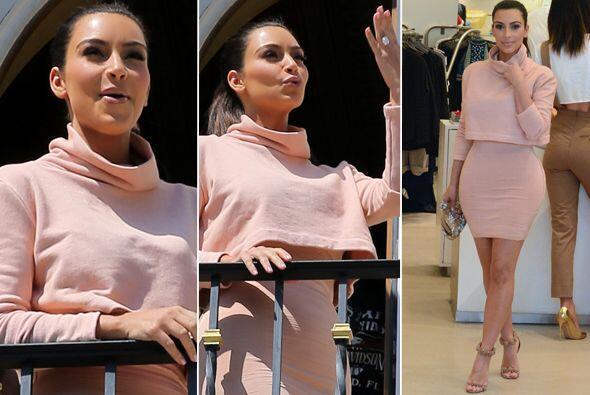 Kim se divirtió de lo lindo en Miami.  Mira aquí los videos más chismosos.