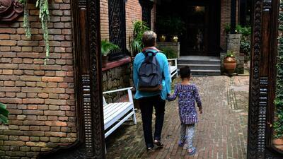 Organización implementa plan para que niños desamparados tengan un hogar estable