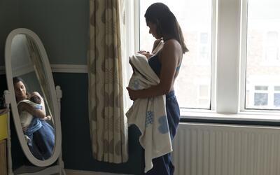 Las razones de las altas tasas de embarazo adolescente entre las latinas...
