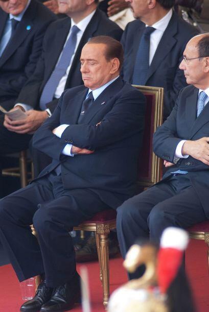 Ambos presenciaban durante el desfile militar para conmemorar la fundaci...