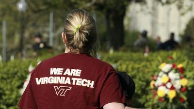 Virginia Tech conmemora el décimo aniversario de la peor masacre ocurrida en una universidad de EEUU