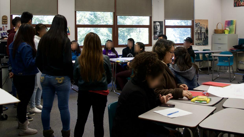 Los latinos componen casi el 60 por ciento de la población estudiantil d...