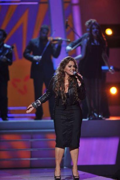 La cantante fue elegida para cantar el tema principal de la telenovela q...