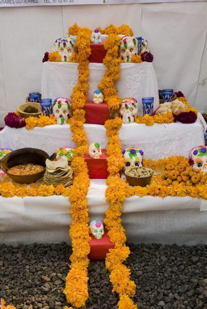 Con estos 10 básicos lograrás tener un altar tradicional mexicano en tu...