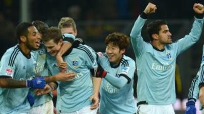 Hamburgo celebra su victoria sobre el Borussia de Dortmund.